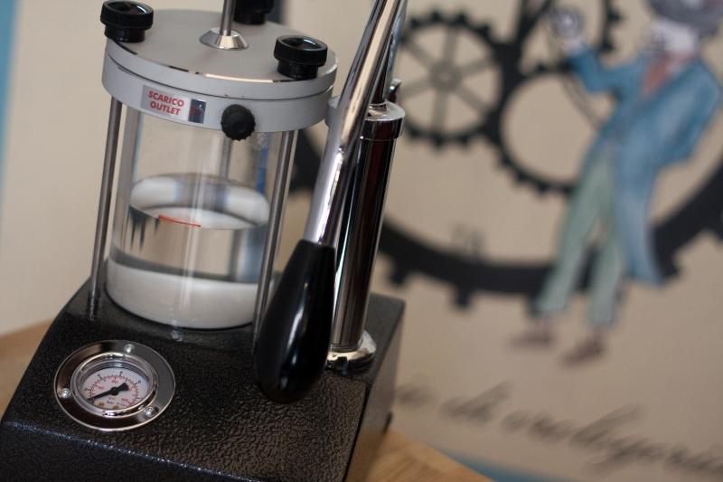 macchina per Test impermeabilità ad Immersione orologi