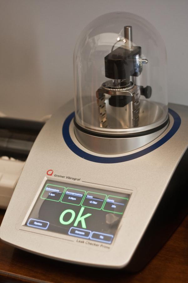 Macchina per test sottovuoto impermeabilità orologi