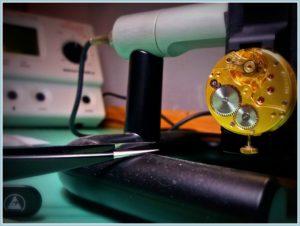 Laboratorio di orologeria glistrumenti