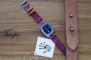 Cinturino-artigianale-nabuk-prugna-orologio
