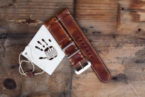cinturino-artigianale-marrone-ruggine