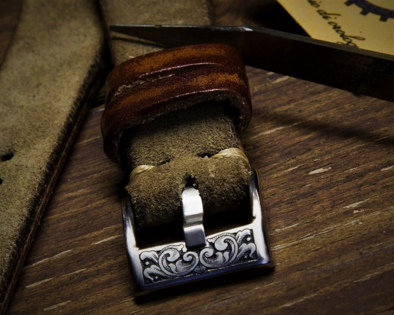 incisione a bulino fibbia cinturino